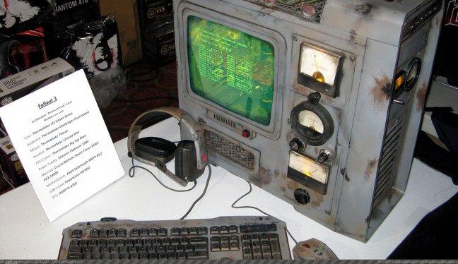 """Bônus: PC personalizado com Fallout 3 por Dewayne """"AmericanFreak"""" Carel"""