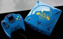 Dreamcast personalizado em comemoração ao aniversário de Sonic, por Zoki64