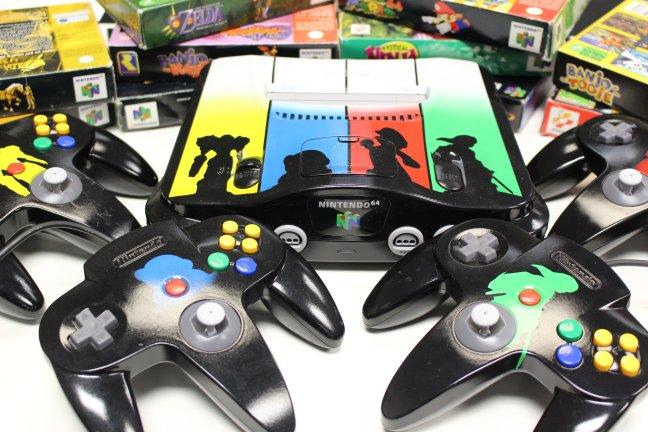 N64 personalizado com tema de Super Smash Bros., por 8 bit Evolution