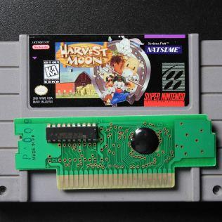 O cartucho pirata utiliza um PCB genérico com o jogo gravado em um chip-on-board (COB)