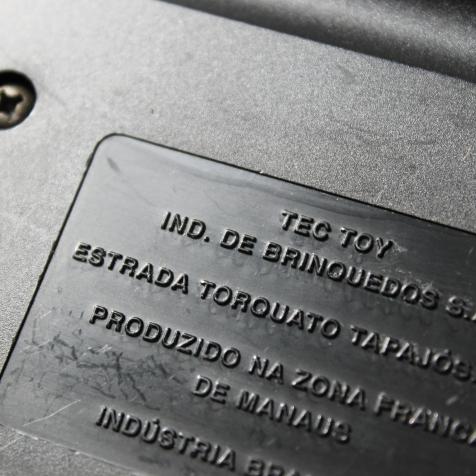 Verso do cartucho nacional, fabricado pela Tec Toy